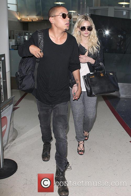 Evan Ross and Ashlee Simpson 2