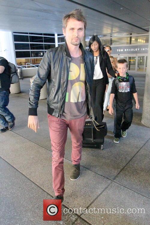 Kate Hudson, Mathew Bellamy and Ryder Robinson 5