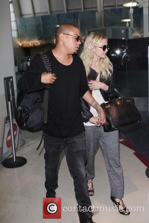 Evan Ross and Ashley Simpson 3
