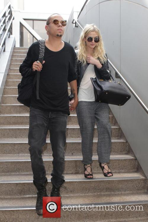 Evan Ross and Ashley Simpson 1