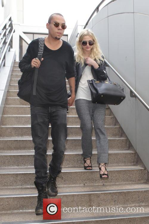 Evan Ross and Ashley Simpson 9