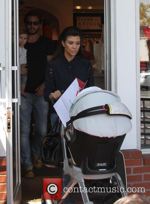Kourtney Kardashian and Penelope Disick 1