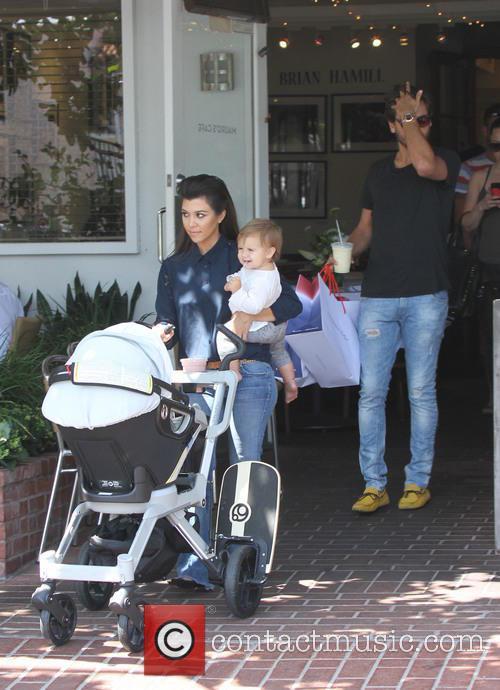 Scott Disick, Kourtney Kardashian and Penelope Disick 9