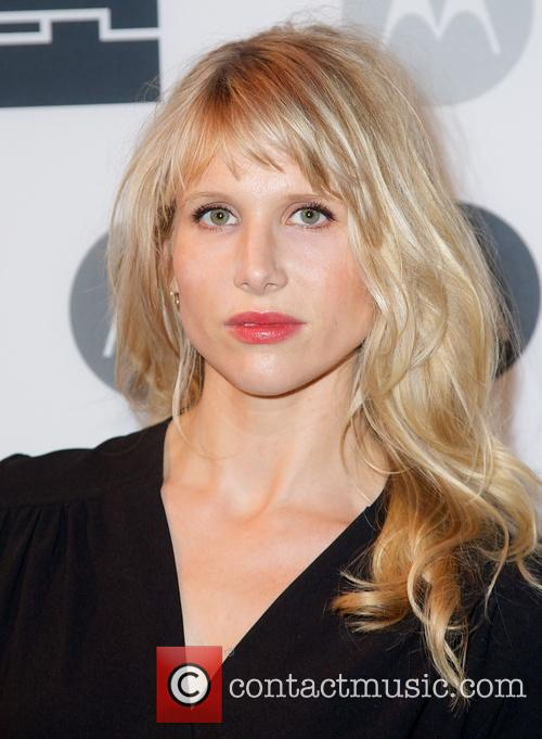 Lucy Punch 4