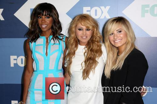 Kelly Rowland, Paulina Rubio and Demi Lovato 6