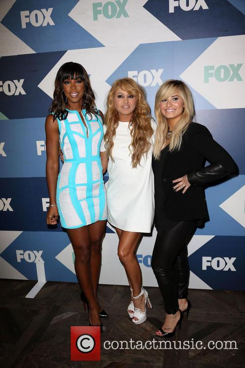 Kelly Rowland, Paulina Rubio and Demi Lovato 11