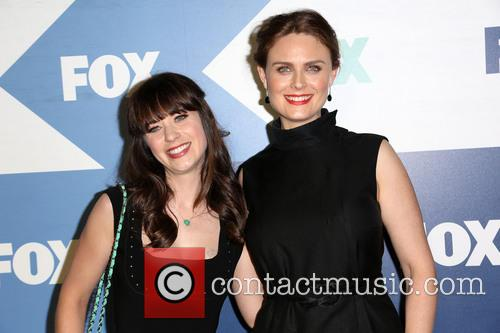Zooey Deschanel and Emily Deschanel 7
