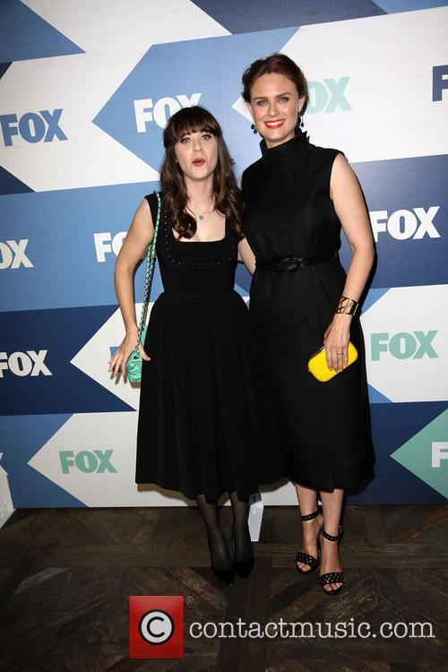 Zooey Deschanel and Emily Deschanel 9