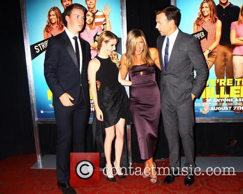 Jennifer Aniston, Emma Roberts and Jason Sudeikis 1