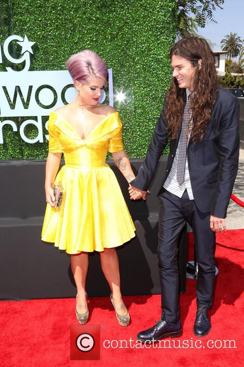 Kelly Osbourne and Matthew Mosshart 5