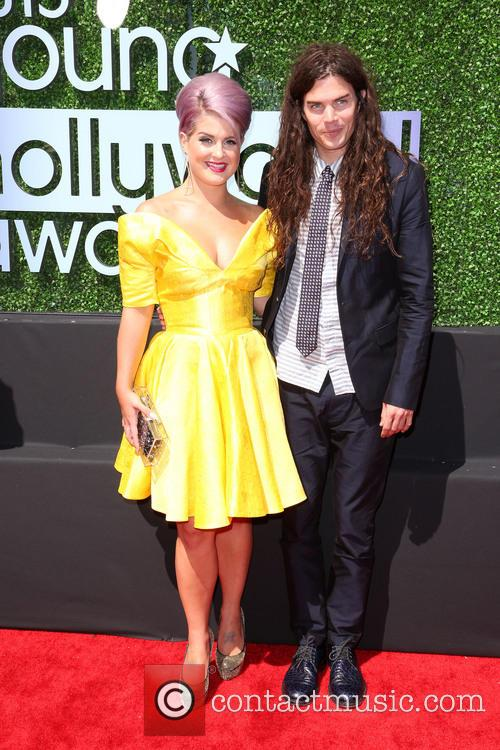 Kelly Osbourne and Matthew Mosshart 9