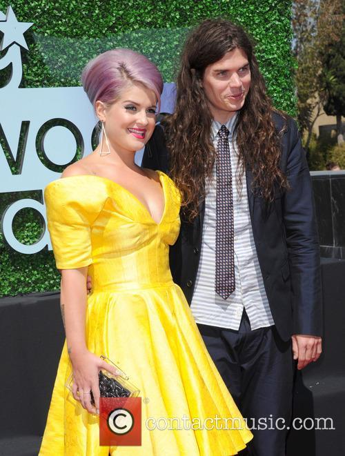 Kelly Osbourne and Matthew Mosshart 5