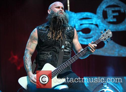 Chris Kael and Five Finger Death Punch 8