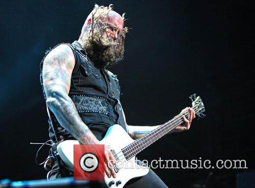 Chris Kael and Five Finger Death Punch 10