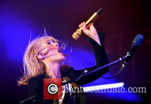 Emily Haines and Metric 3