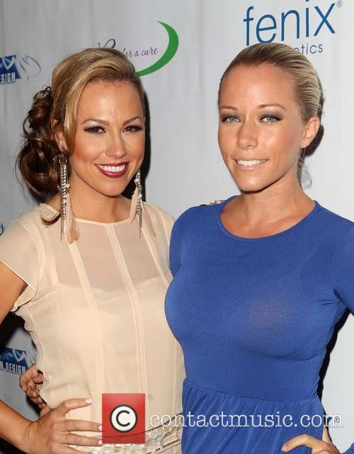 Jessica Hall and Kendra Wilkinson 9