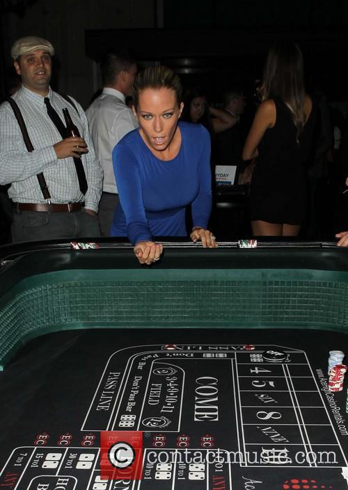 Kendra Wilkinson, W Hollywood