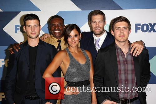 Parker Young, Keith David, Anelique Cabral, Geoff Stults and Chris Lowell 2