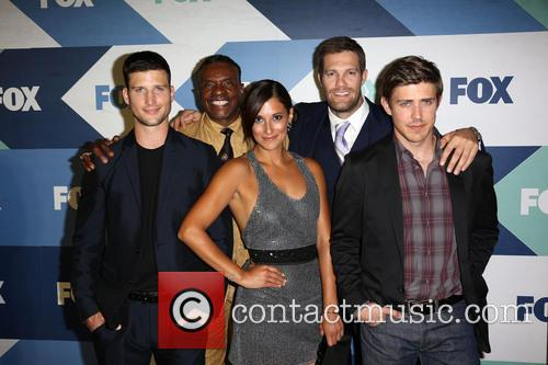 parker young keith david anelique cabral geoff stults chris lowell fox 3794001