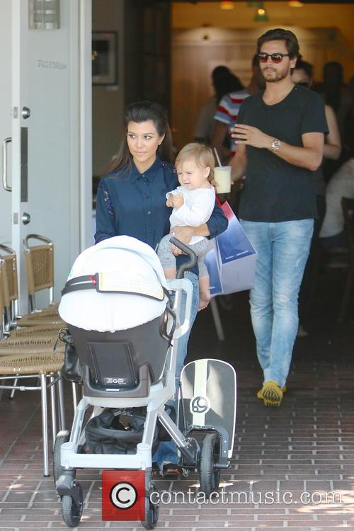 Kourtney Kardashian, Scott Disick and Penelope Disick 5