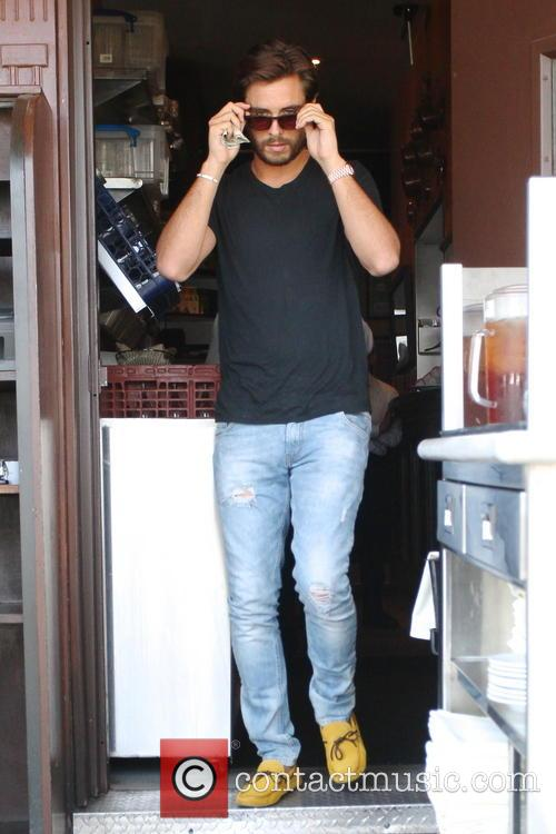scott disick scott disick out for lunch 3792588