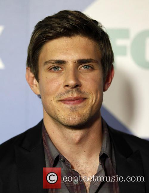 Chris Lowell 1