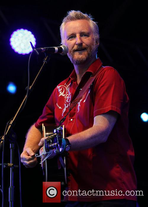 Billy Bragg prison guitar