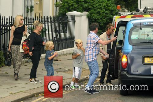 Gwen Stefani, Gavin Rossdale, Kingston and Zuma 10