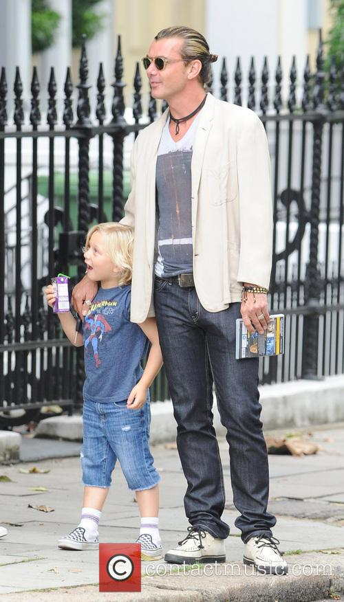 Gwen Stefani and Gavin Rossdale with their sons