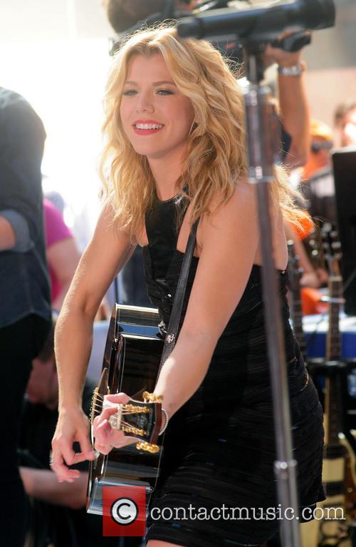 The Band Perry and Kimberly Perry 7
