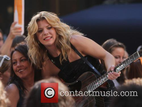 Kimberly Perry and The Band Perry 3