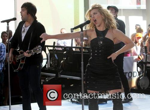 The Band Perry and Kimberly Perry 5