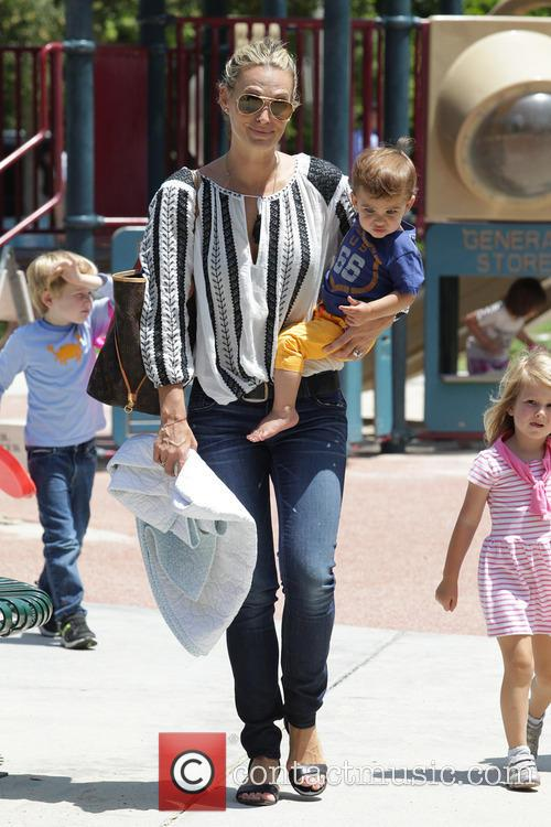 Molly Sims and Brooks Stuber 9