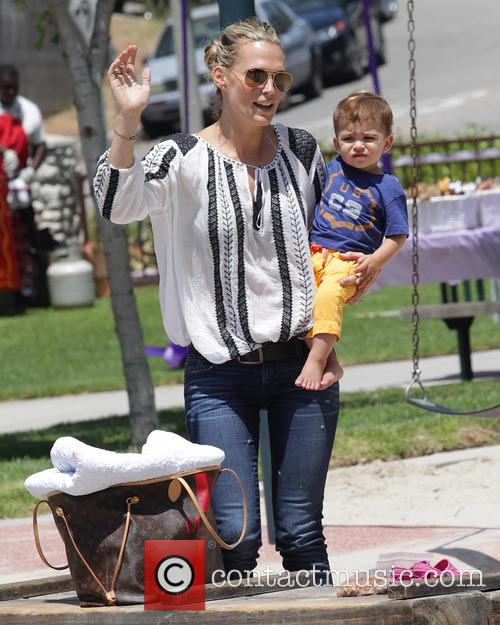 Molly Sims and Brooks Stuber 13