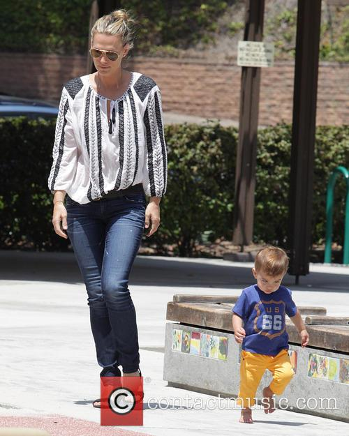 Molly Sims and Brooks Stuber 14