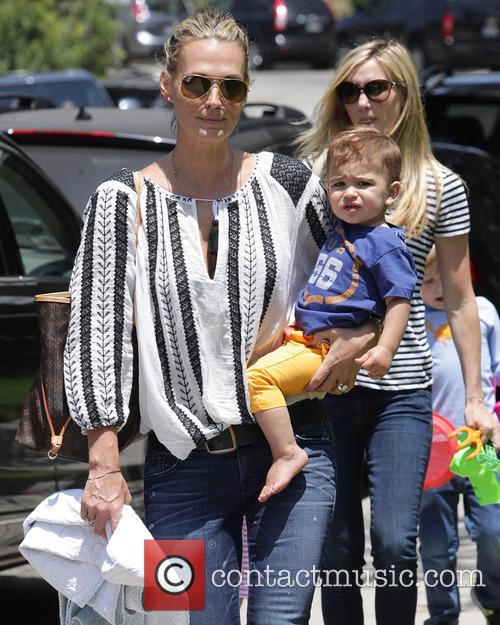 Molly Sims and Brooks Stuber 17