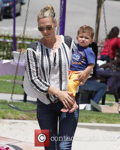 Molly Sims and Brooks Stuber 20