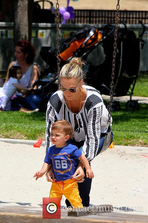 Molly Sims and Brooks Stuber 7