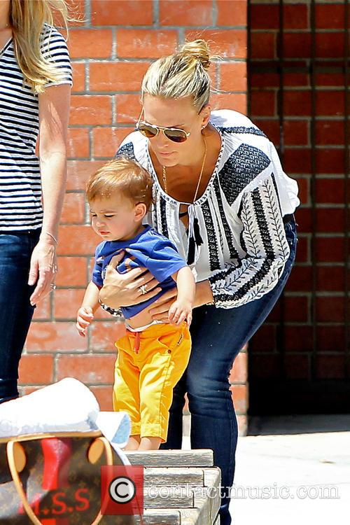Molly Sims and Brooks Stuber 8