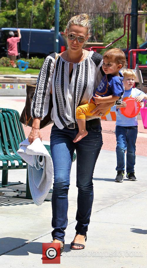 Molly Sims and Brooks Stuber 12