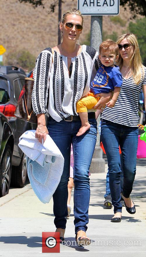 Molly Sims and Brooks Stuber 25