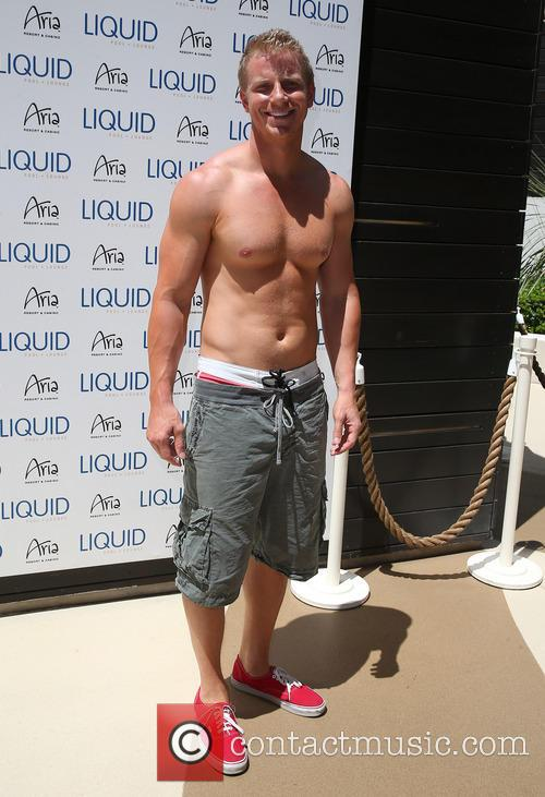 sean lowe sean lowe at liquid pool 3796022