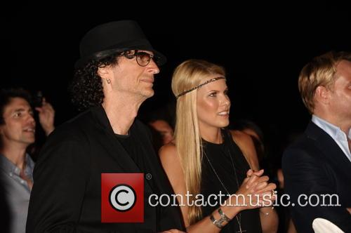 Howard Stern and Beth Ostrosky Stern 2