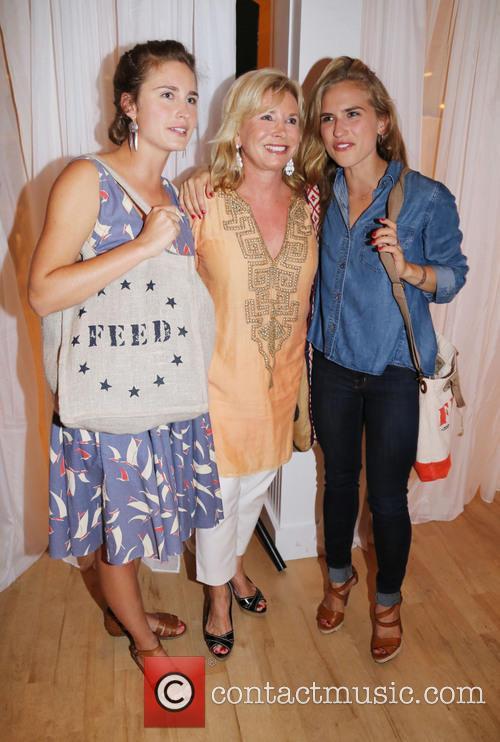 Lauren Bush, Sharon Bush and Ashley Bush 4