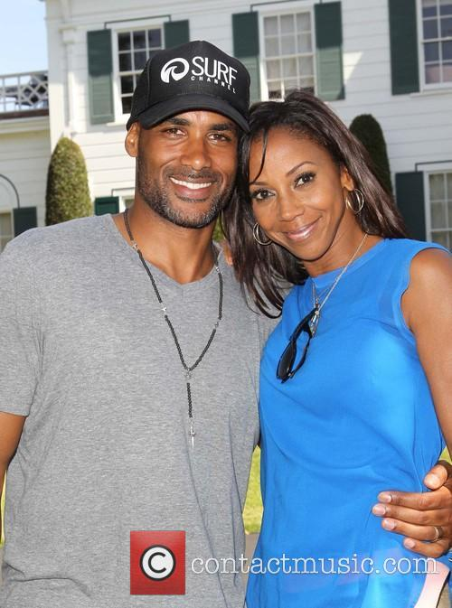 Boris Kodjoe and Holly Robinson Peete 5
