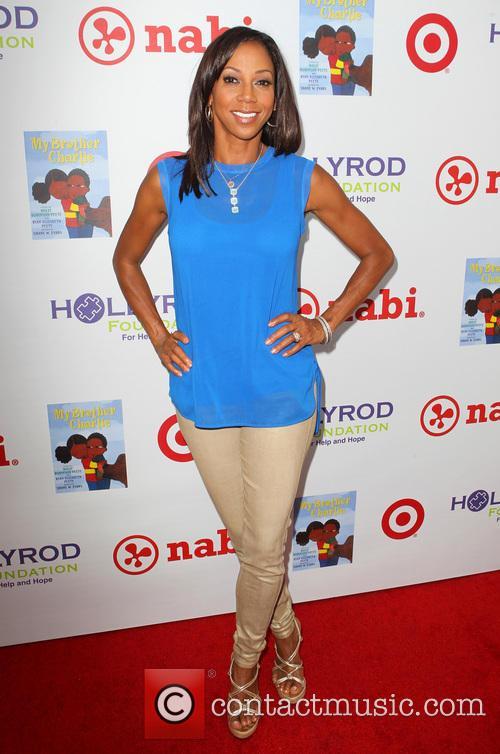 Holly Robinson Peete 9
