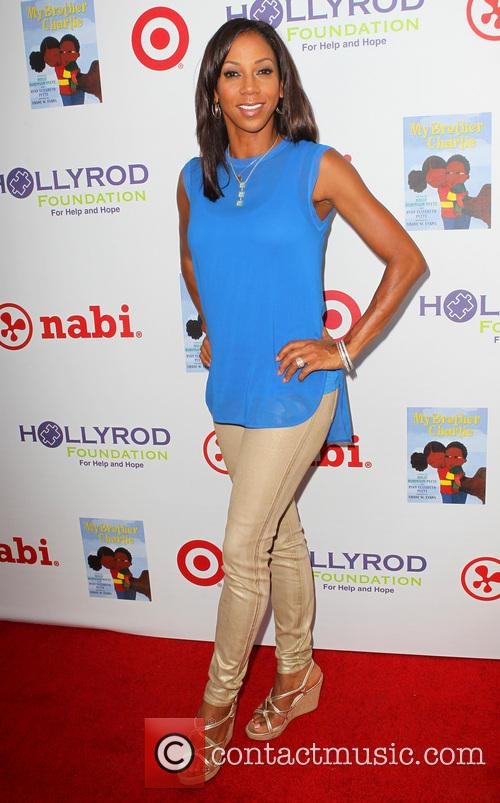 Holly Robinson Peete 11