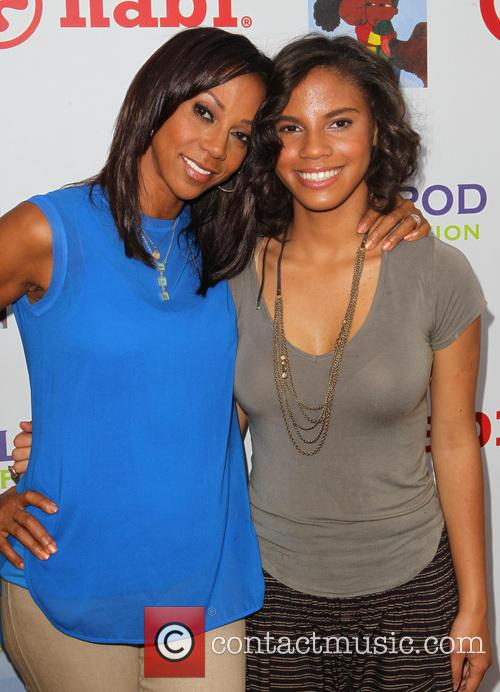 Picture holly robinson peete and ryan elizabeth peete at historic