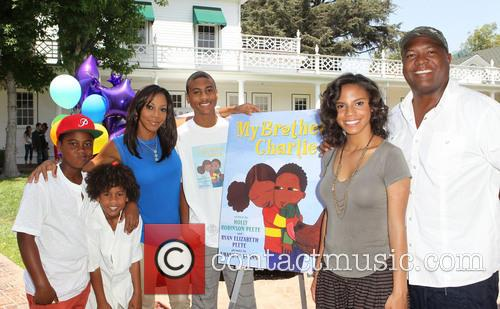 Holly Robinson Peete, Ryan Elizabeth Peete and Rodney Peete 11