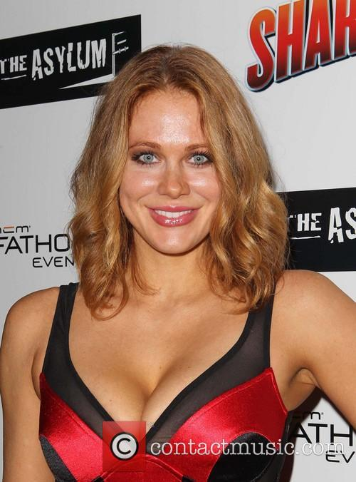 maitland ward fathom events presents the premiere 3795614